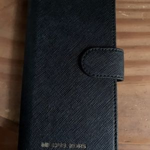 Michael Kors samsung 8 plus case hard to find